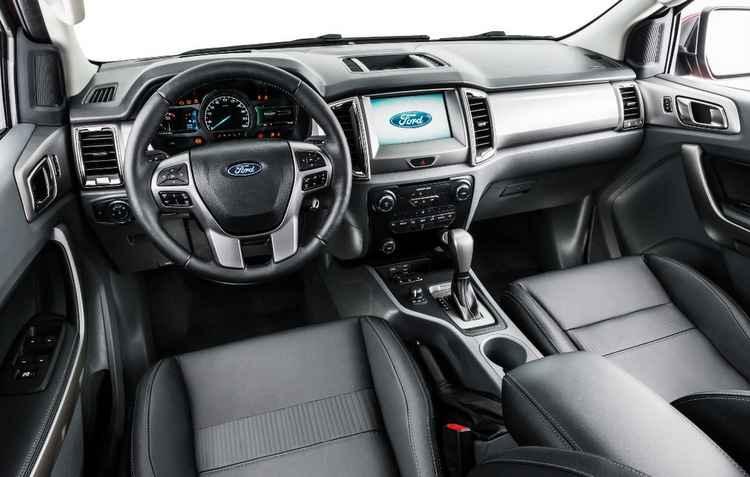 Tela de 8 polegadas sensível ao toque e bom acabamento interno - Ford/ divulgação