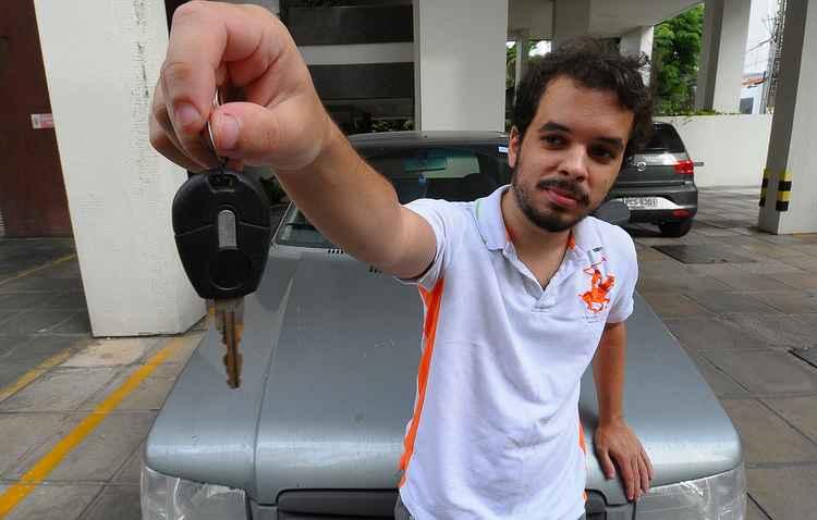 Gabriel Freitas está decido em trocar de carro, mas ainda não escolheu seu novo possante  - João Velozo/Esp. DP