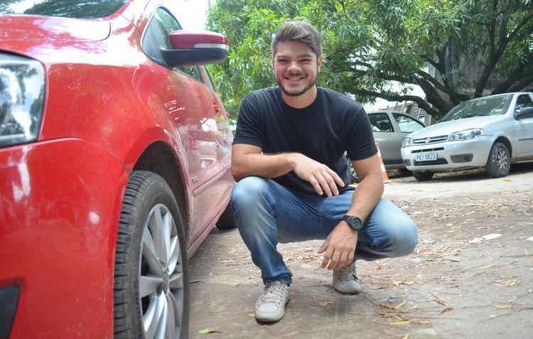 Gabriel Vasconcelos precisou antecipar as trocas dos pneus por falta de zelo, perdeu tempo e dinheiro - Malu Cavalcanti / Esp DP