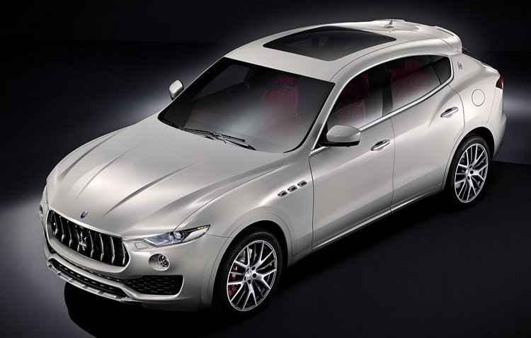 Grade frontal bem pronunciada - Maserati / Divulgação
