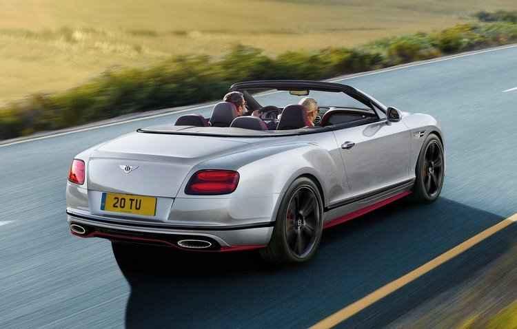 A versão vem disponível com carroceria cupê ou conversível - Bentley / Divulgação