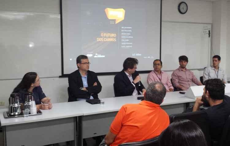 Pesquisadores da UFPE e engenheiros do mercado apresentaram soluções para as montadoras - Cesar-CIn / Divulgação