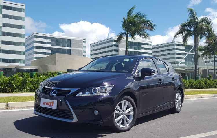 Híbrido CT 200 deve ser melhorado pela Toyota - Bruno Vasconcelos / DP