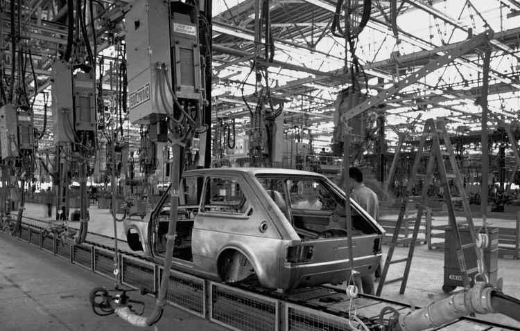 Das linhas de montagem da planta mineira da marca, já saíram quase 15 milhões de veículos - Fiat / Divulgação