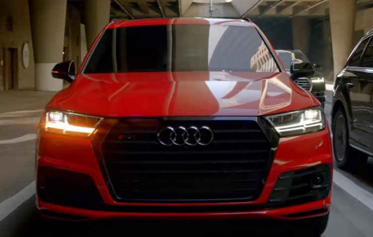 Carro do Homem de Ferro, o R8 é dirigido por ele há três edições dos filmes - Audi/Divulgação