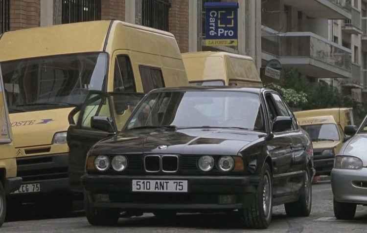 BMW 535i aparece no filme Ronin (1998) em cena de perseguição nas ruas de Paris - BMW/Divulgação