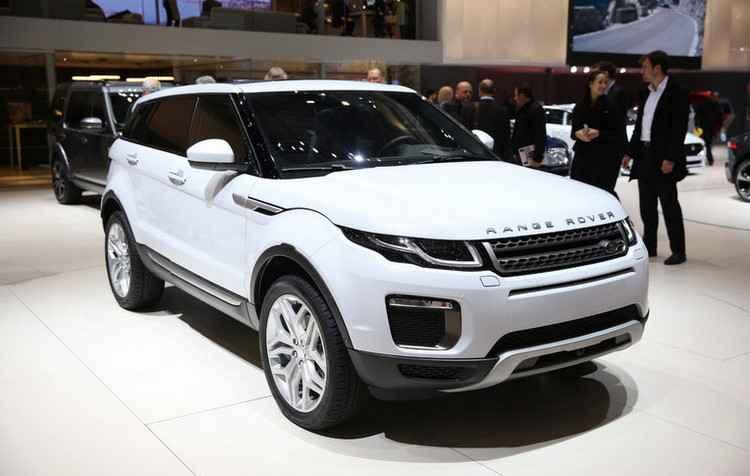 Range Rover Evoque produzido no Brasil chega às lojas