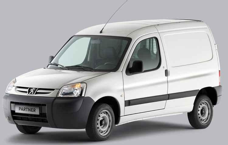 Modelo da Peugeot passou a ter ar-condicionado e direção hidráulica de fábrica - Peugeot / Divulgação