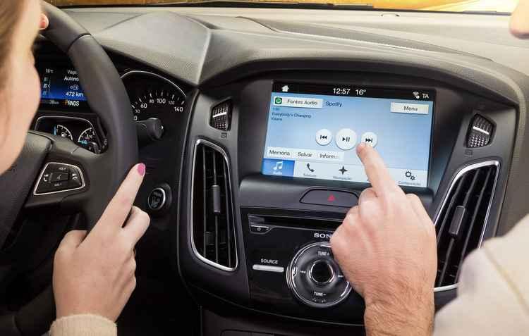 Dispositivo conecta smartphone ao automóvel e está com processador mais rápido - Ford/divulgação