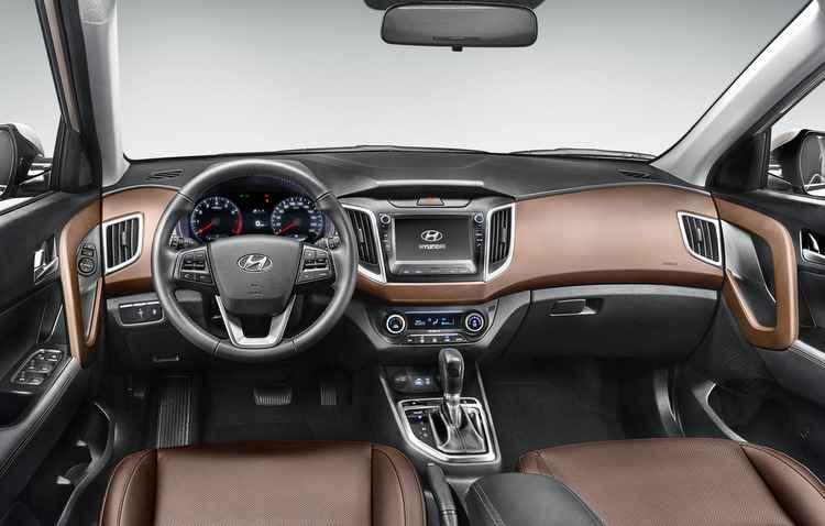 Um ponto que poderia ser repensado pela montadora é a implantação do freio de mão eletrônico, eliminando a alavanca - Hyundai / Divulgação