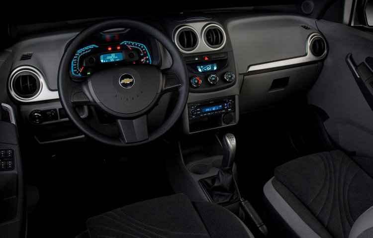 O interior do hatch não sofreu alterações com a reestilização - Chevrolet/Divulgação