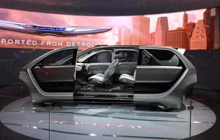 Chrysler Portal tem propulsão movida por motor elétrico - Taciana Góes/DP