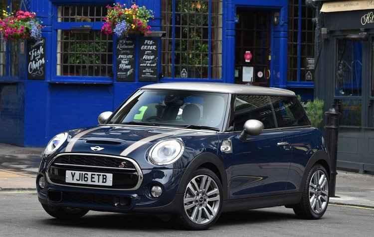 Mais um modelo da Mini chega ao mercado brasileiro ainda este mês - Mini / Divulgação