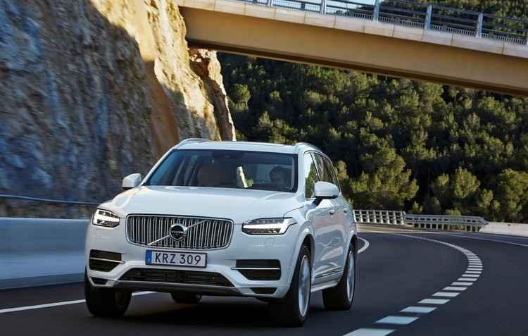 Nova versão do top de linha da Volvo não tem mudanças no visual em relação ao modelo vendido atualmente - Volvo/Divulgação