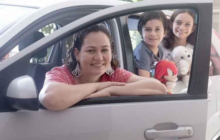 Para Cláudia, tecnologias para distrair as crianças dentro do automóvel nem pensar - Gustavo Bettini/Divulgação
