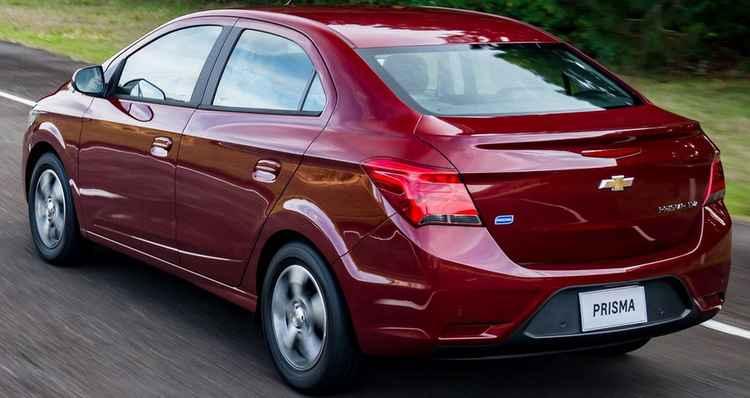 Chevrolet Prisma 2018 recebe cor e preços novos - Vrum