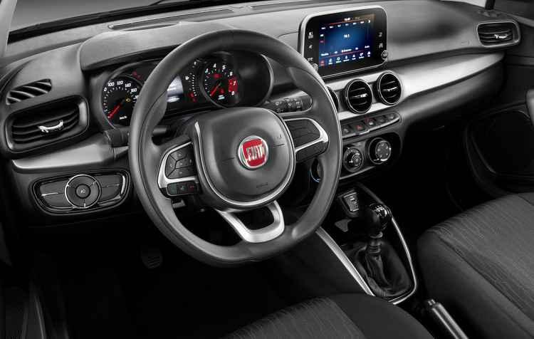 Central multimídia de oito polegadas, item obrigatório custa cerca de R$ 2 mil a mais - Fiat/Divulgação