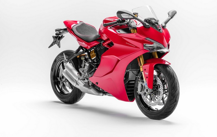 Ducati anuncia as vendas da Supersport S no Brasil