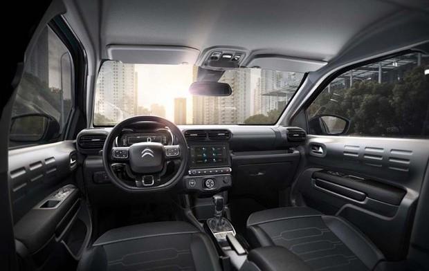 Citroën revela as primeiras imagens internas do C4 Cactus