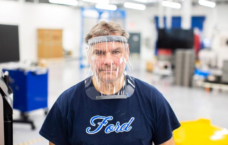 Ford produzirá máscaras de proteção facial no combate ao coronavírus